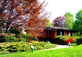 Villa close to the lake Maggiore in the own park for 1,8 hа, Italy
